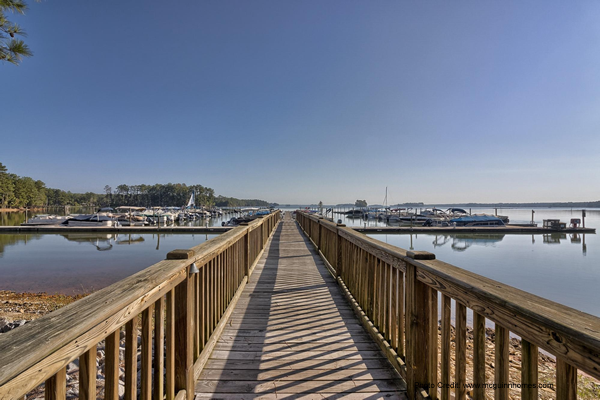 Featured Lake Murray Community: Harbour Watch